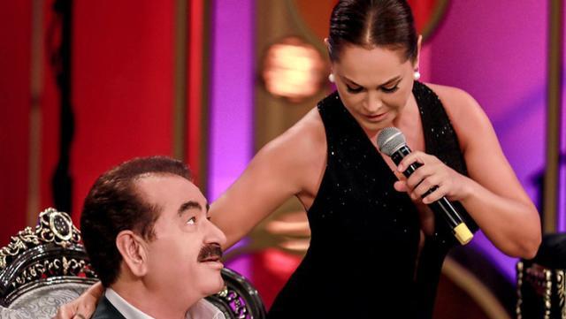 İbo Show'da Hülya Avşar'la düet yapan İbrahim Tatlıses, gözyaşlarına hakim olamadı